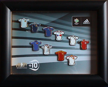 DFB-Trikots/WC2006-Sponsor-Official-Adidas-Jersey-Frame-1.jpg
