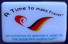 WM2006/WC2006-Misc-Pin-Time-to-make-Friends.jpg